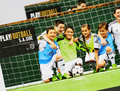 We work with PlayFootball providing a full design & print service, coordinating delivery of materials to 15 national locations. We also supply large format outdoor print and signage,  managing dedicated delivery & install to 12 national locations.